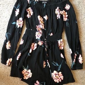 Kendall & Kylie floral romper (off the shoulder)